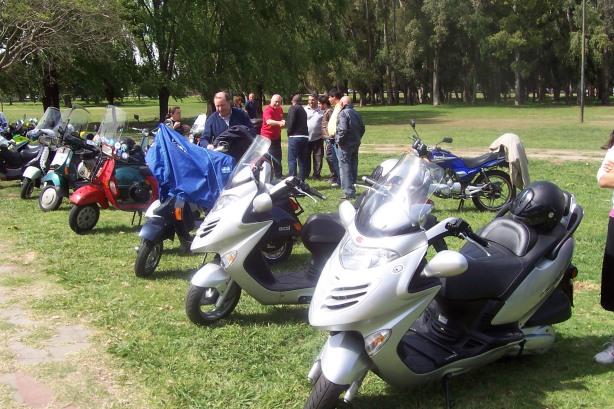 25-10-09 1° Encuentro Nacional de Scooters 004